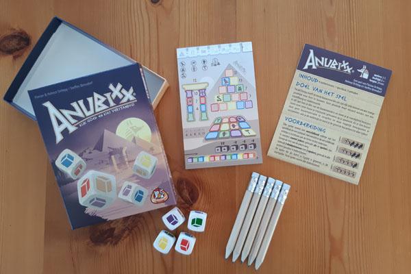 Inhoud van het spel Anubixx