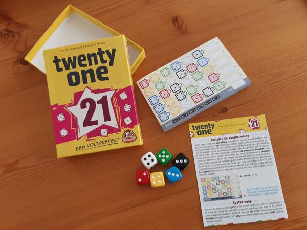 Twenty One inhoud van de doos