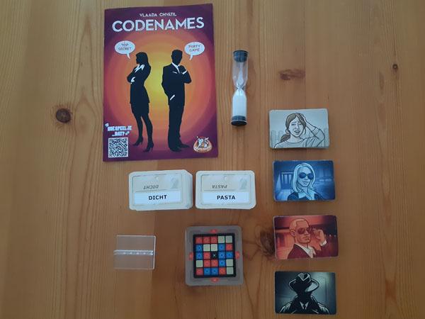 Codenames: inhoud van de doos