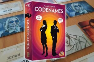 Codenames review: woorden associëren en spionnen ontdekken
