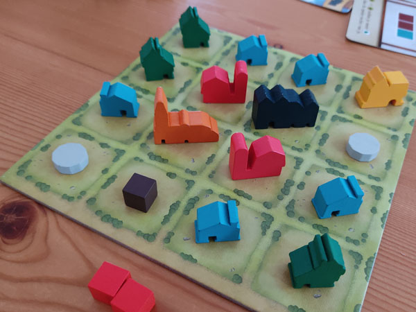 Tiny Towns: vol speelbord