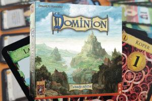 Lees meer over het artikel Dominion review: Tactisch deck-building kaartspel